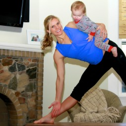 6 months pregnant with my 2nd, 20 month old on my hip